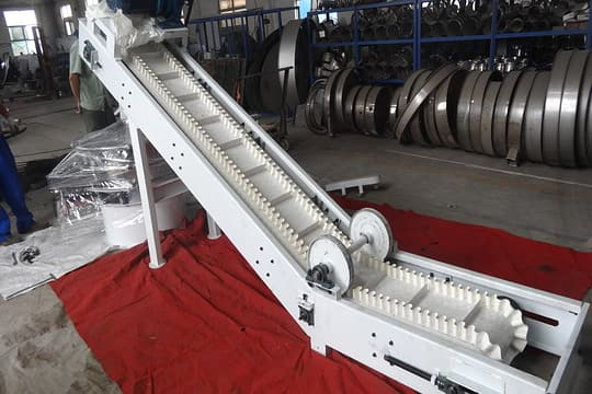 Z shaped belt conveyor picture one