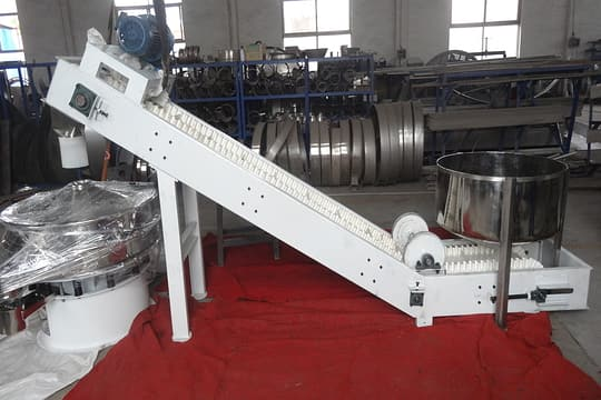 Z shaped belt conveyor picture three